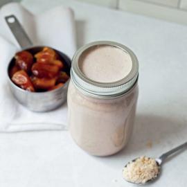 «Молоко» из фиников: рецепт приготовления