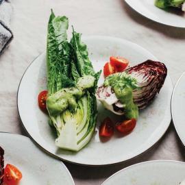 Салат с цитрусовой заправкой с авокадо: рецепт для веганов