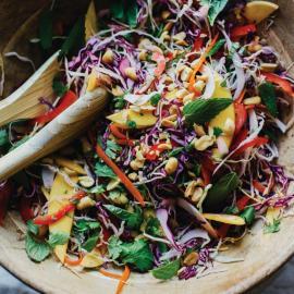 Салат из капусты по-тайски: рецепт приготовления для веганов