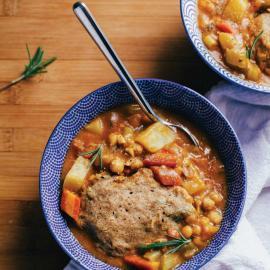 Овощное рагу с нутом и клецками: рецепт приготовления для веганов