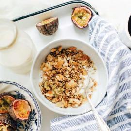 Кленово-пряная гречневая гранола: рецепт приготовления для веганов