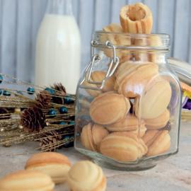 «Орешки» со сгущенкой: рецепт приготовления