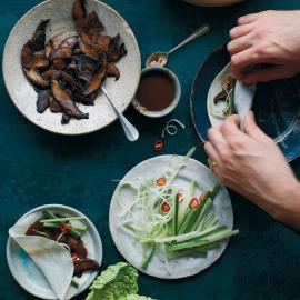 Китайские блинчики с соусом хойсин: рецепт приготовления