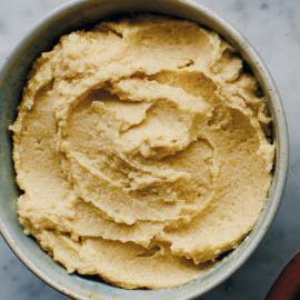 Хумус с запеченным чесноком: рецепт приготовления для веганов